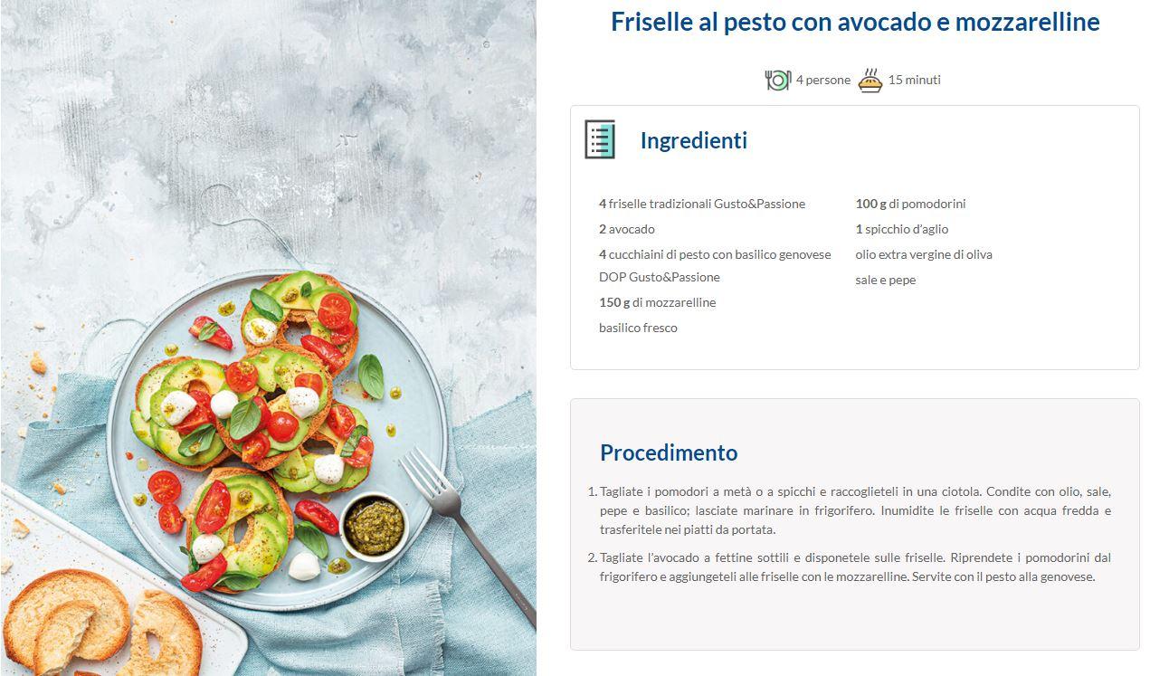 Friselle al pesto con avocado e mozzarelline