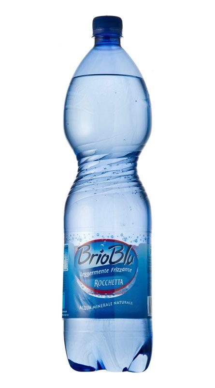 Acqua leggermente frizzante Brio Blu Rocchetta